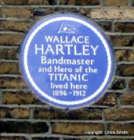 photo of the plaque marking where Wallace Hartley lived in Dewsbury