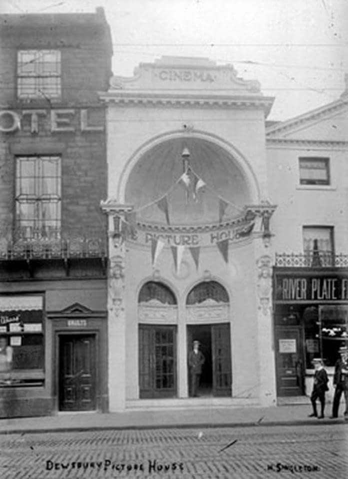 old photo of The Picture House in Dewsbury